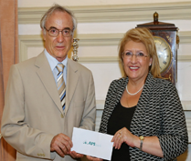 APS Bank supports the Malta Community Chest Fund with €2,800 donation